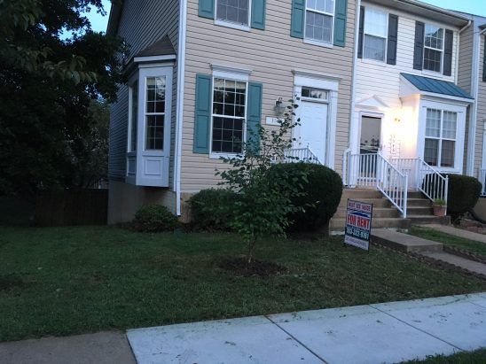 Gorgeous 3 level Luxury Townhouse Woodbridge $1800.00